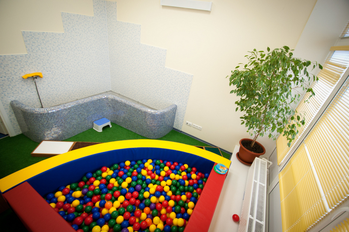 ЛФК для детей в бассейне